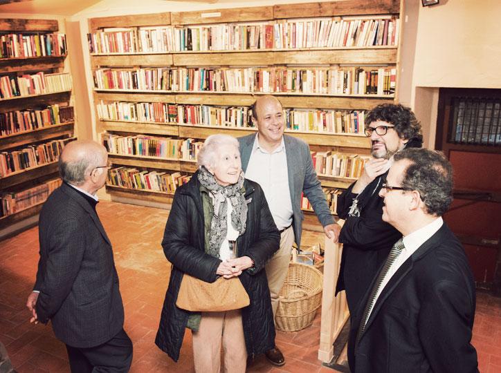 Rosa Fabregat visita Els Encants del Llibre