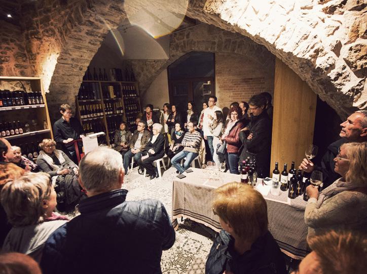 Tast de vins poètic a La Moderna del Carrer Major