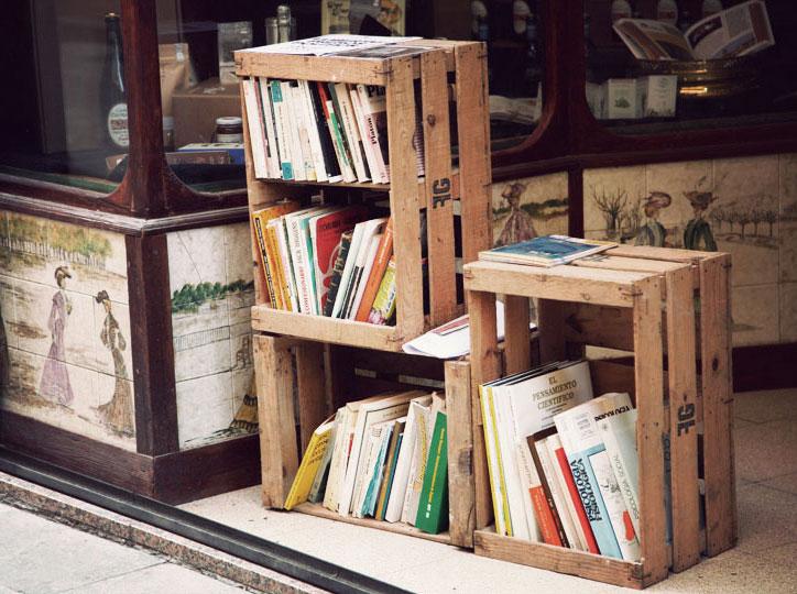 Llibres al carrer