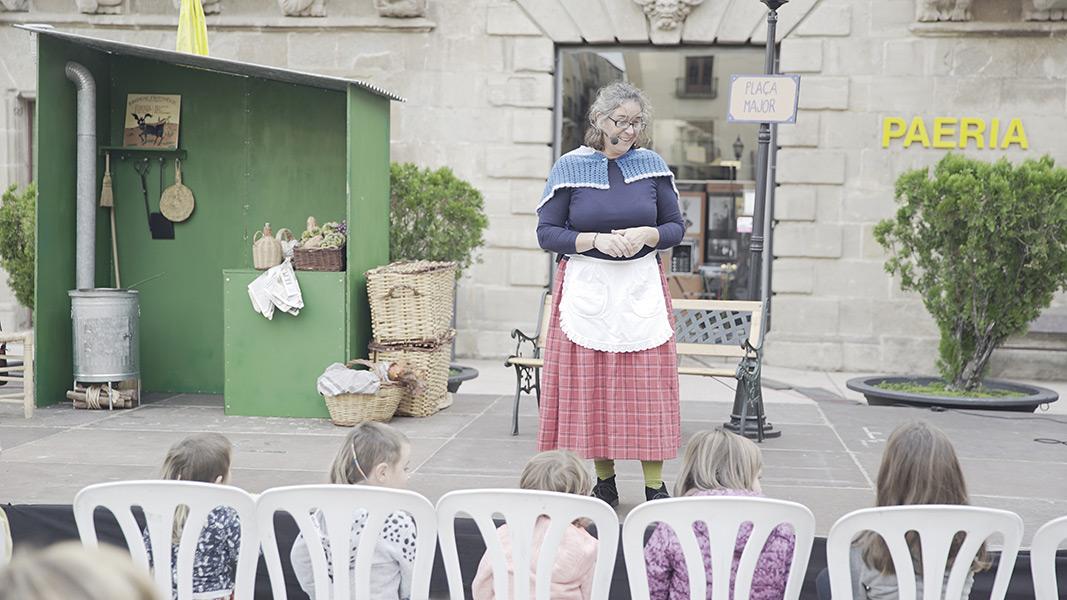La plaça Major dels petits lectors